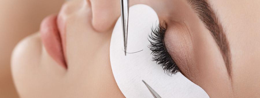 Wimpernverlängerung – Eyelash-Extensions